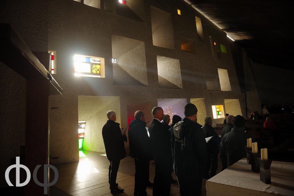 19 novembre, « Après le festival »: Choeur ondaine, choeur d'application de FestyVocal, reprenait le concert d'ouverture de la première Biennale dans la chapelle Notre dame du Haut, construite par Le Corbusier, à Ronchamp