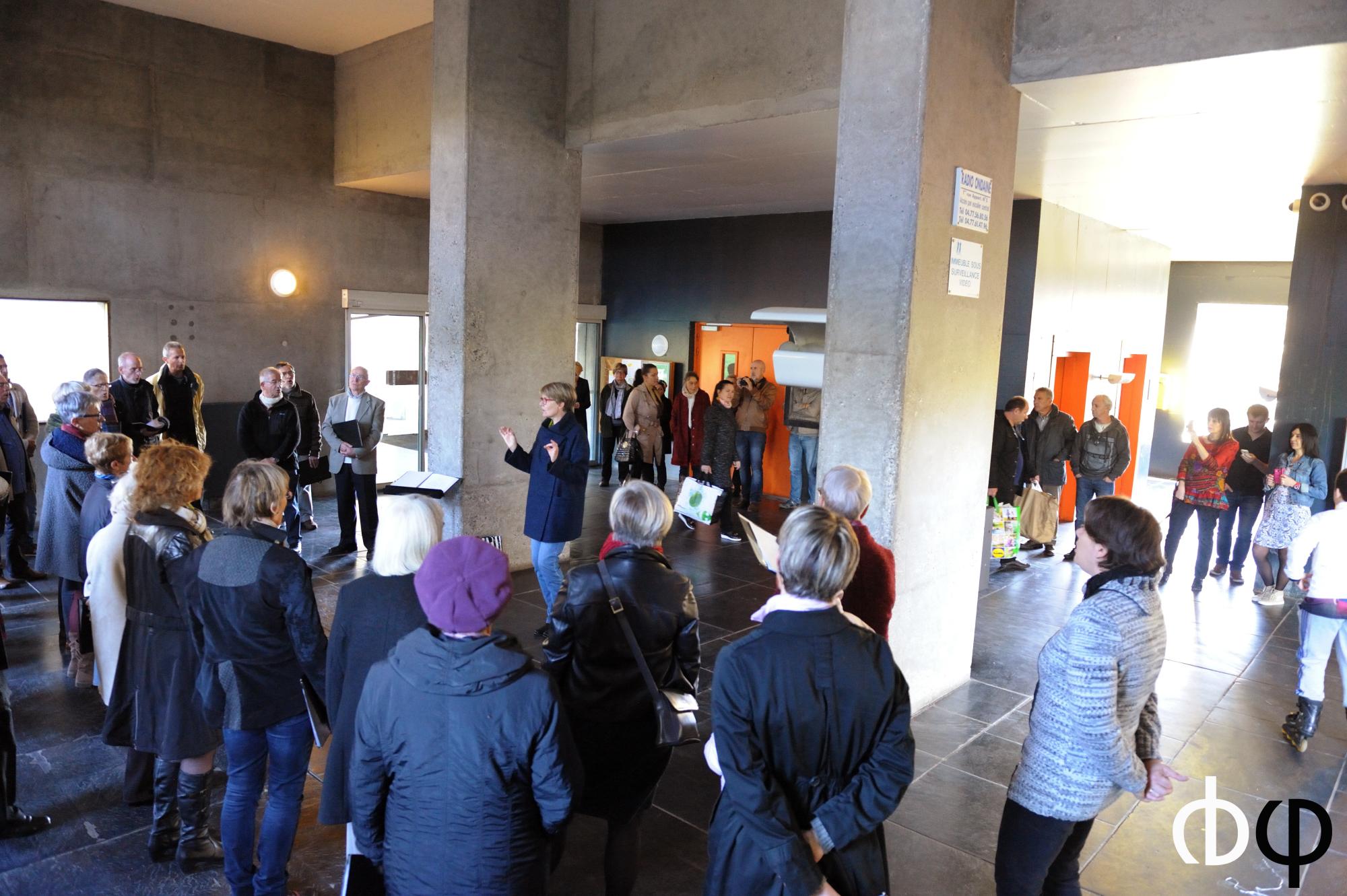 """29 octobre, """"autour du festival"""", mini concert dans le hall de l'Unité d'Habitation Le Corbusier de Firminy"""