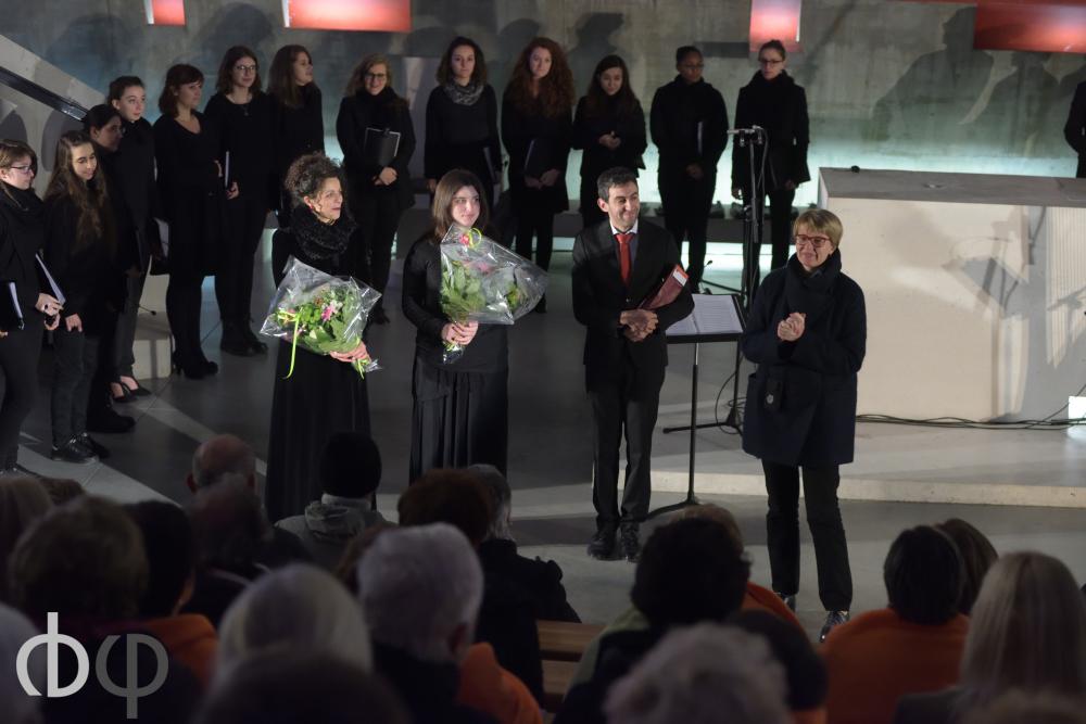 11 novembre, concert n°3: Le petit choeur de musicologie, direction Julien garde, mezzo-soprano Catherine Séon , harpiste Flora Francescut