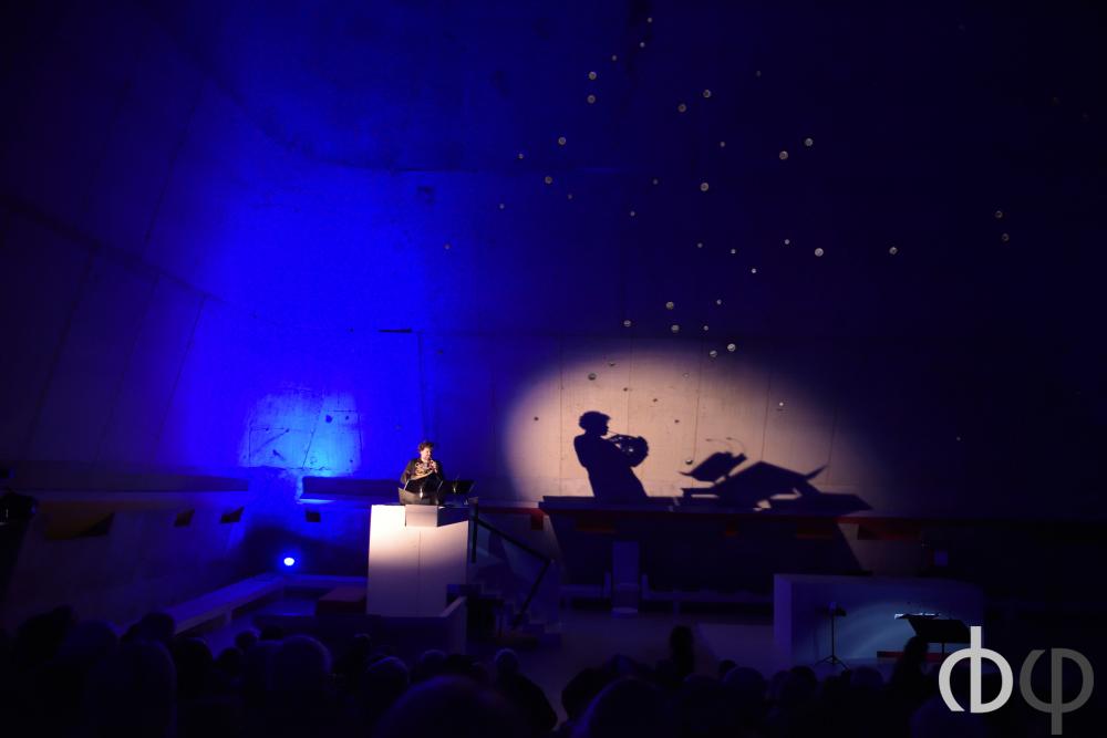 12 novembre, concert de clôture: Spirito-Choeur Britten, direction Nicole Corti, cor et trompette David Guerrier , mise en espace Jean-pierre Jourdain